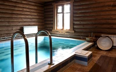 бассейн в сауне: удобно и полезно
