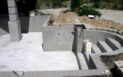 бассейн из монолита