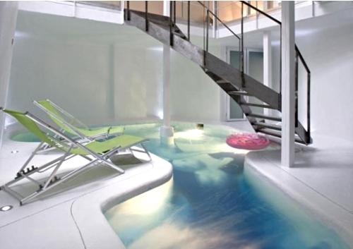 пример интеграции бассейна на первом этаже