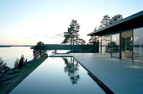 шведский дизайн дома с бассейном